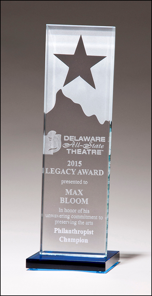 xxxClear Glass Award with Star and Mountain Peak - G2883